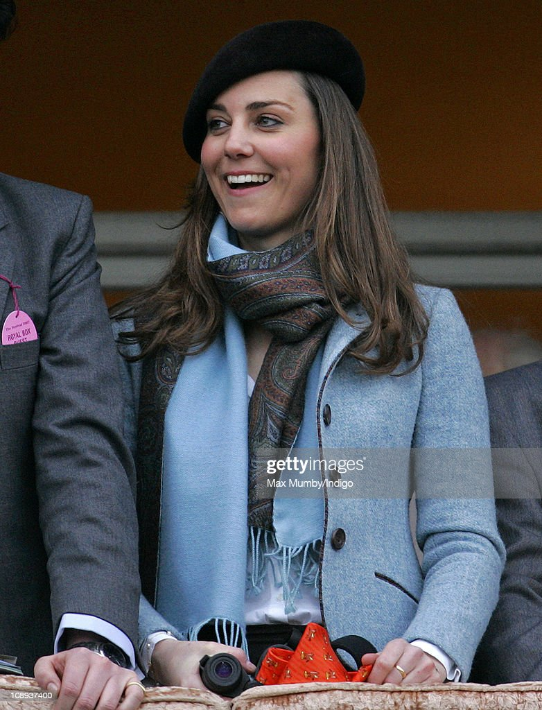 Kate Middleton Attends The Cheltenham Horse Racing Festival : News Photo