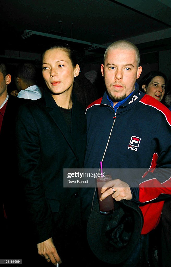 "Kate Moss And Alexander Mcqueen, ""The Pharmacy Club"", London, Katemossretro : News Photo"