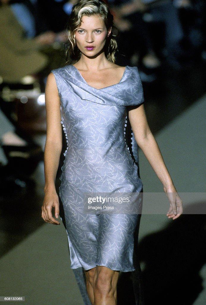 Chloe Spring 1998 : Photo d'actualité