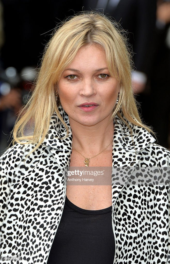 Kate Moss attends the Burberry Prorsum show during London Fashion Week Spring/Summer 2016/17 on September 21, 2015 in London, England.