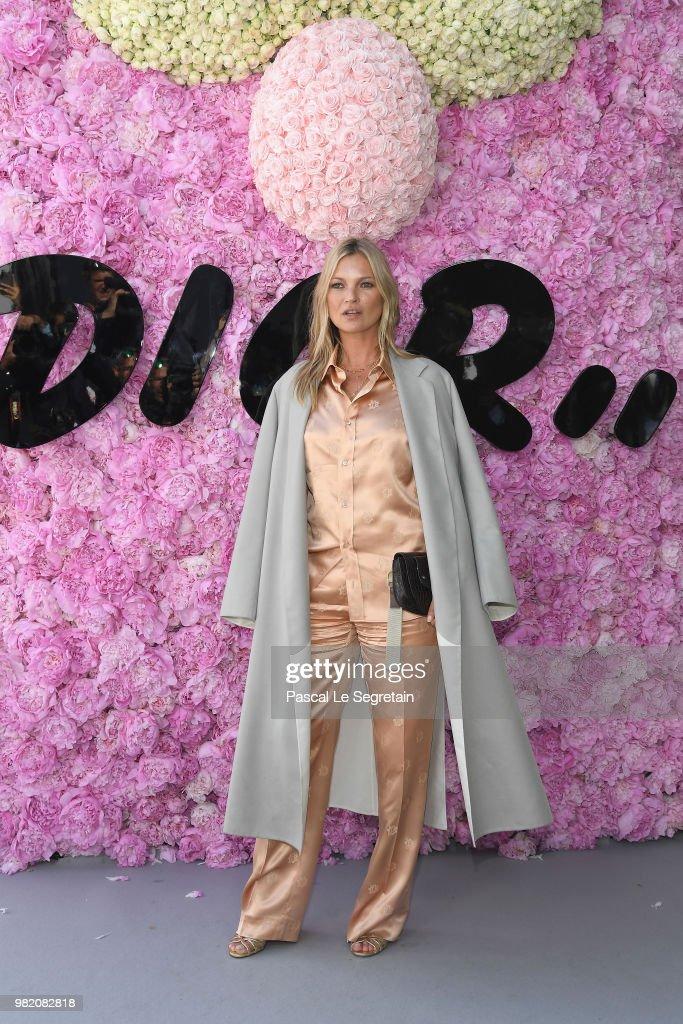 Dior Homme : Outside Arrivals - Paris Fashion Week - Menswear Spring/Summer 2019