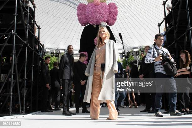 Kate Moss attends the Hermes Menswear Spring/Summer 2019 show as part of Paris Fashion Week on June 23 2018 in Paris France