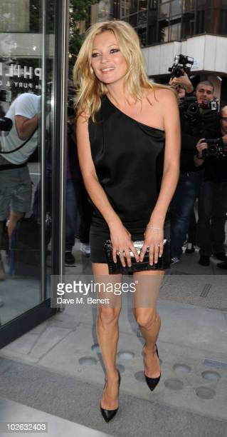 Kate Moss attends the private view of 'Mario Testino: Kate Who?', at Phillips de Pury & Company on July 5, 2010 in London, England.