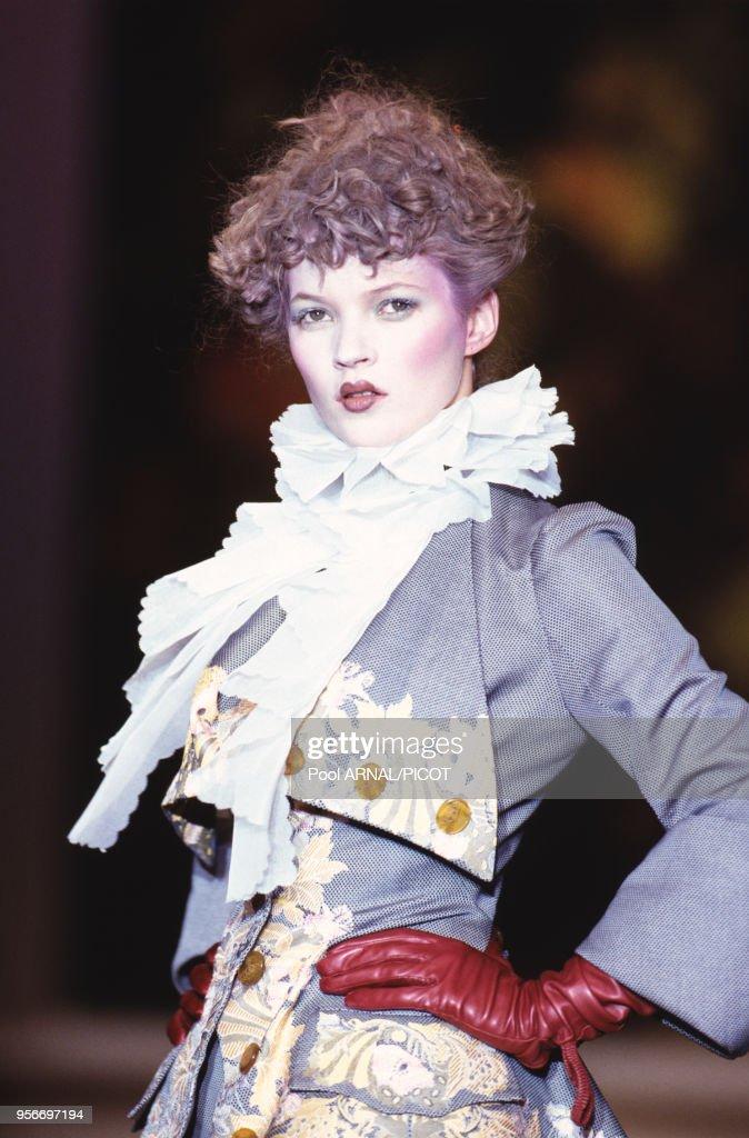 Défilé Vivienne Westwood automne-hiver 1995 : Photo d'actualité
