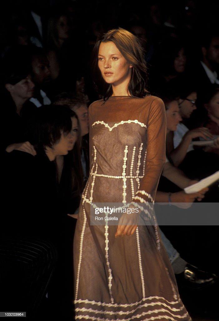 Marc Jacobs Fashion Show : News Photo