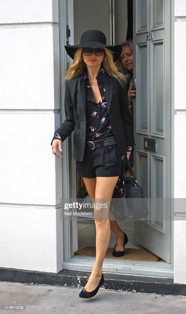 Celebrity Sightings In London - June 29, 2011 : News Photo