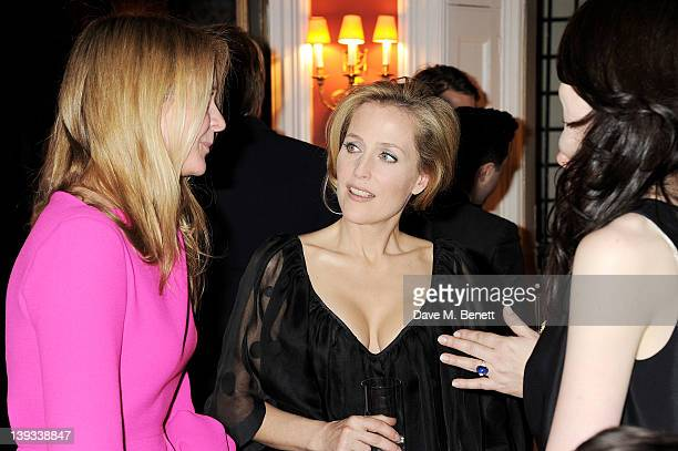 Kate Reardon Gillian Anderson and Michelle Dockery attend a dinner following the Mulberry Autumn/Winter 2012 show during London Fashion Week at The...