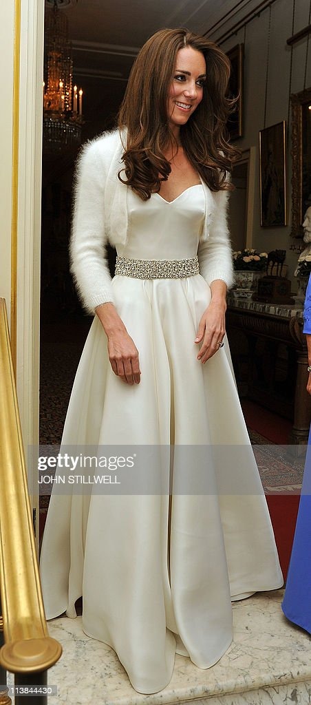 Kate, the Duchess of Cambridge leaves Cl : News Photo