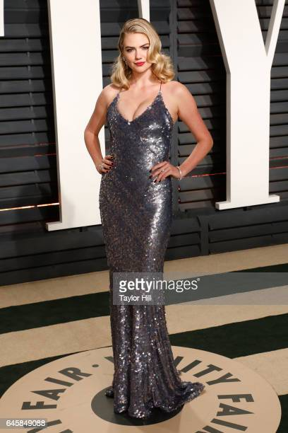 Kate Upton attends the 2017 Vanity Fair Oscar Party at Wallis Annenberg Center for the Performing Arts on February 26 2017 in Beverly Hills California