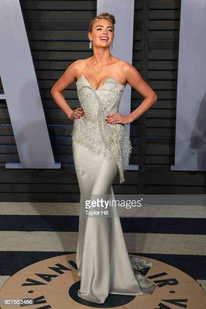 Kate Upton attends the 2018 Vanity Fair Oscar Party hosted by Radhika Jones at the Wallis Annenberg Center for the Performing Arts on March 4 2018 in...