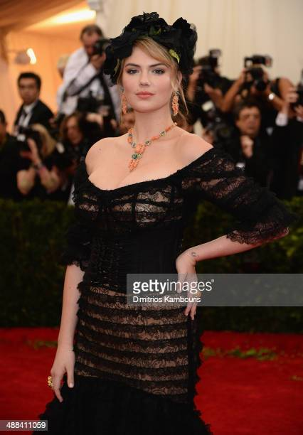 Kate Upton attends the Charles James Beyond Fashion Costume Institute Gala at the Metropolitan Museum of Art on May 5 2014 in New York City