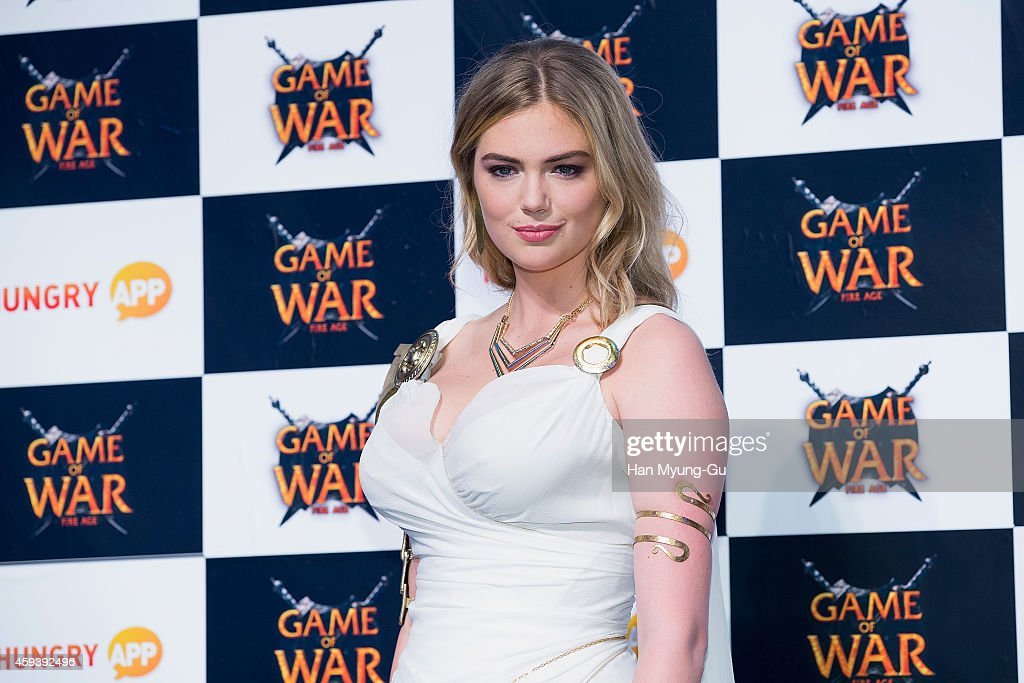 "Kate Upton Attends ""Game Of War - Fire Age"" Event In Busan : News Photo"