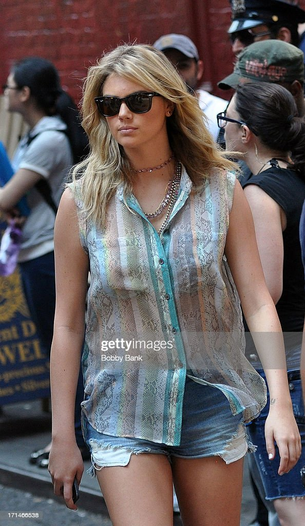 Kate Upton on the set of 'The Other Woman' in Chinatown on June 24, 2013 in New York City.