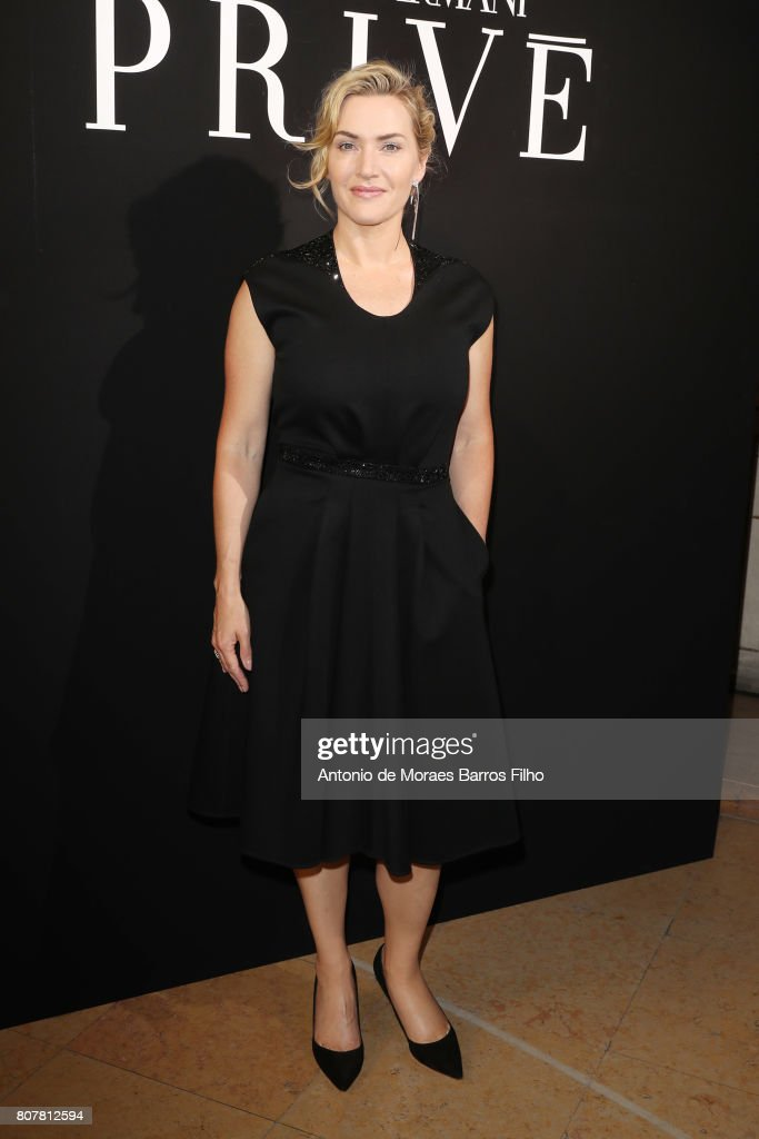 Giorgio Armani Prive : Front Row - Paris Fashion Week - Haute Couture Fall/Winter 2017-2018 : News Photo
