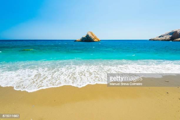 katergo beach - mittelmeer stock-fotos und bilder
