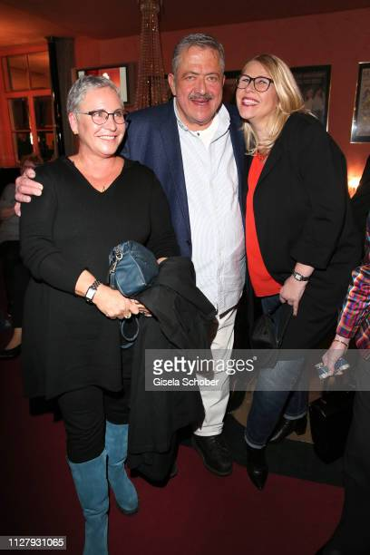 Katerina Jacob Joseph Hannesschlaeger and his wife Bettina Geyer during the premiere of the theatre play Noch einmal verliebt at Komoedie im...