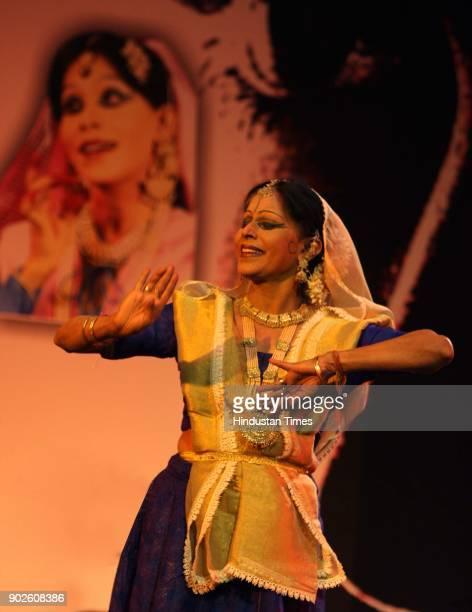 Kathak Dancer Shobna Naryan performing kathak dance during the 'Roko Breast Cancer Campaign' at India Habitat Centre in New Delhi