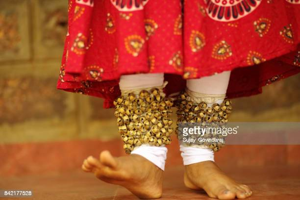 kathak dancer's footwork - anklet stock pictures, royalty-free photos & images