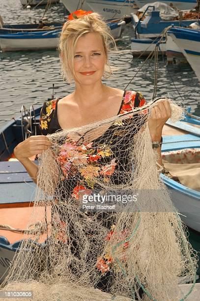 Unter weißen Segeln Leinen los 2 Folge Cecara/Italien Schauspielerin Mittelmeer Netz Fischernetz Promis Prominente Prominenter