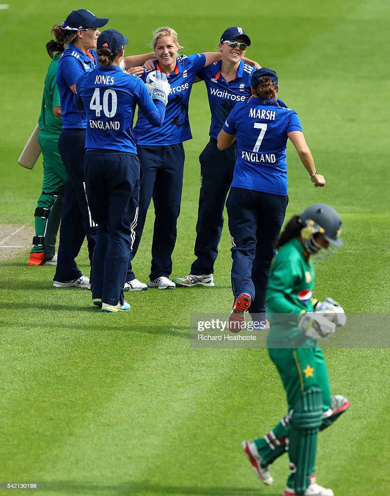 Katherine Brunt of England celebrates taking the wicket of Bismah Maroof of Pakistan during the second Women's Royal London ODI match between England and Pakistan at New Road on June 22, 2016 in Worcester, England.
