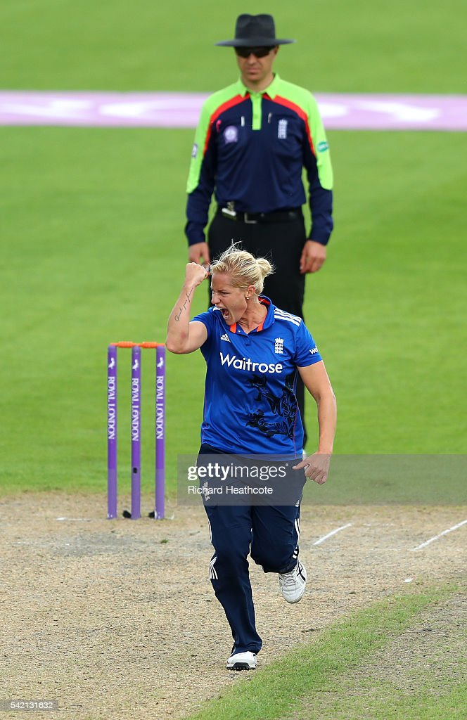 Katherine Brunt of England celebrates taking the wicket of Sidra Nawaz of Pakistan during the second Women's Royal London ODI match between England and Pakistan at New Road on June 22, 2016 in Worcester, England.