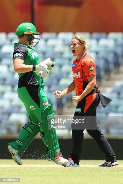 Katherine Brunt of the Scorchers celebrates the wicket of Lizelle Lee of the Stars during the Women's Big Bash League match between the Melbourne...