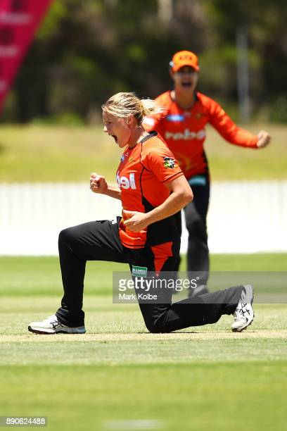 Katherine Brunt of the Scorchers celebrates the wicket of Sarah Aley of the Sixers during the Women's Big Bash League match between the Perth...