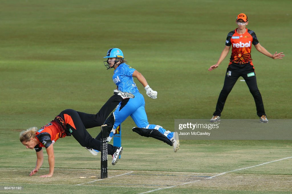 Katherine Brunt of the Scorchers fields during the Women's Big Bash League match between the Perth Scorchers and the Adelaide Strikers at Traeger Park on January 14, 2018 in Alice Springs, Australia.
