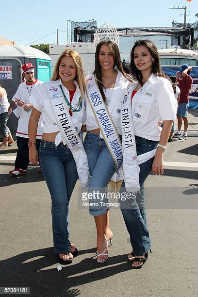 Katherine Cue first finalist Miss Carnival Miami 2005 Nathalie Pozo and second finalist Bertha Velazquez pose at Calle Ocho Carnival March 13 2005 in...