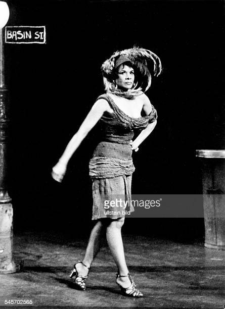 Katherine DUNHAM *19092006 American dancer Performance of the Katherine Dunham Company in the German television programme WDR Caribbean Rhythms 1961