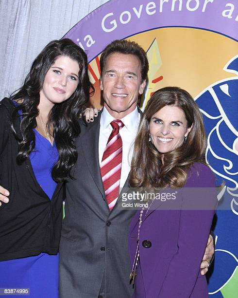 Katherine Eunice Schwarzenegger, Arnold Schwarzenegger and Maria Shriver attend The 2008 Women's Conference on October 22, 2008 in Long Beach,...