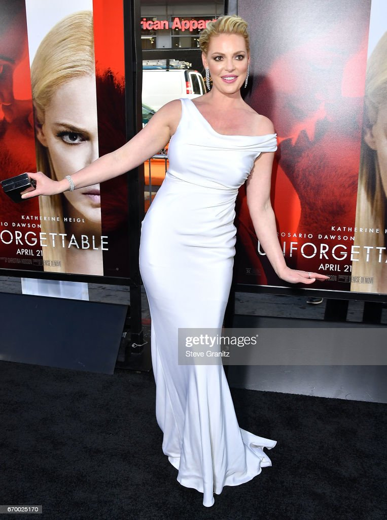 Katherine Heigl arrives at the Premiere Of Warner Bros. Pictures' 'Unforgettable' at TCL Chinese Theatre on April 18, 2017 in Hollywood, California.