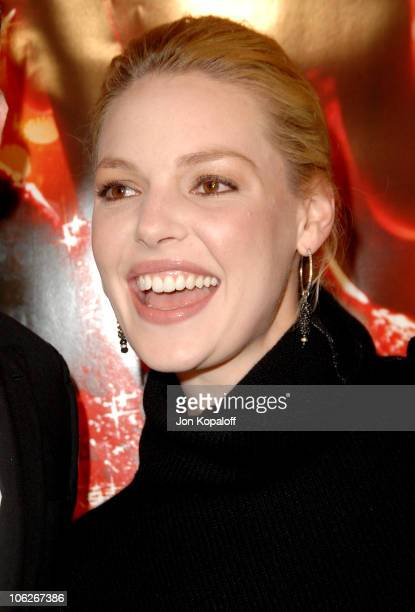 Katherine Heigl during 'Dreamgirls' Los Angeles Premiere Arrivals at Wilshire Theatre in Beverly Hills California United States