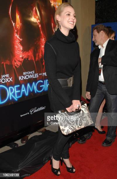 "Katherine Heigl during ""Dreamgirls"" Los Angeles Premiere - Red Carpet at Wilshire Theater in Los Angeles, California, United States."