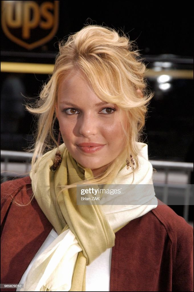 ABC Fall 2004 Up-Fronts Pictures | Getty Images
