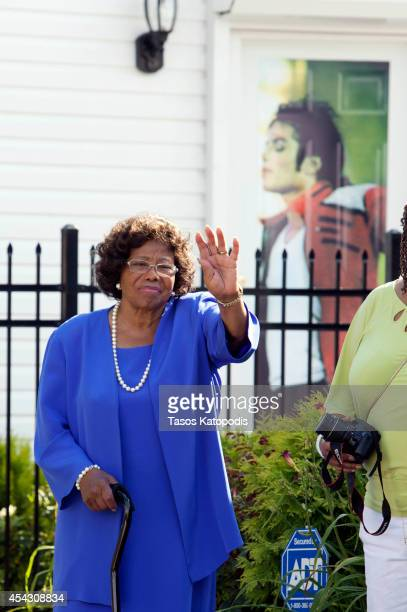 Katherine Jackson attends The Michael Jackson Tribute Festival of the Arts at 2300 Jackson Street the boyhood home of Michael Jackson on August 28...