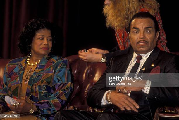 """Katherine Jackson, Joe Jackson and Rebbie Jackson attend the press conference for """"The Jackson Family Honors"""" on August 30, 1993 at the Academy..."""
