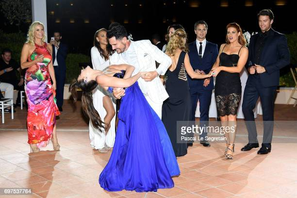 Katherine Kelly Lang Don DiamontReign EdwardsHeather TomKelly KrugerDarin BrooksCourtney HopePierson Fode and Jacquelines MacInnes Wood dance at the...