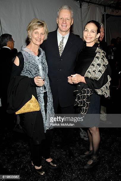 Katherine Olsen Jerry Fulks and Stephanie Saland attend 2008 NATIONAL DESIGN AWARDS at COOPERHEWITT at CooperHewitt on October 23 2008 in New York...
