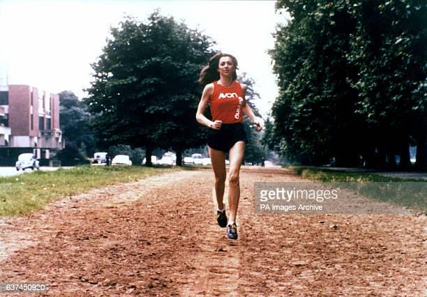 Katherine Switzer the first woman to officially run the Boston marathon