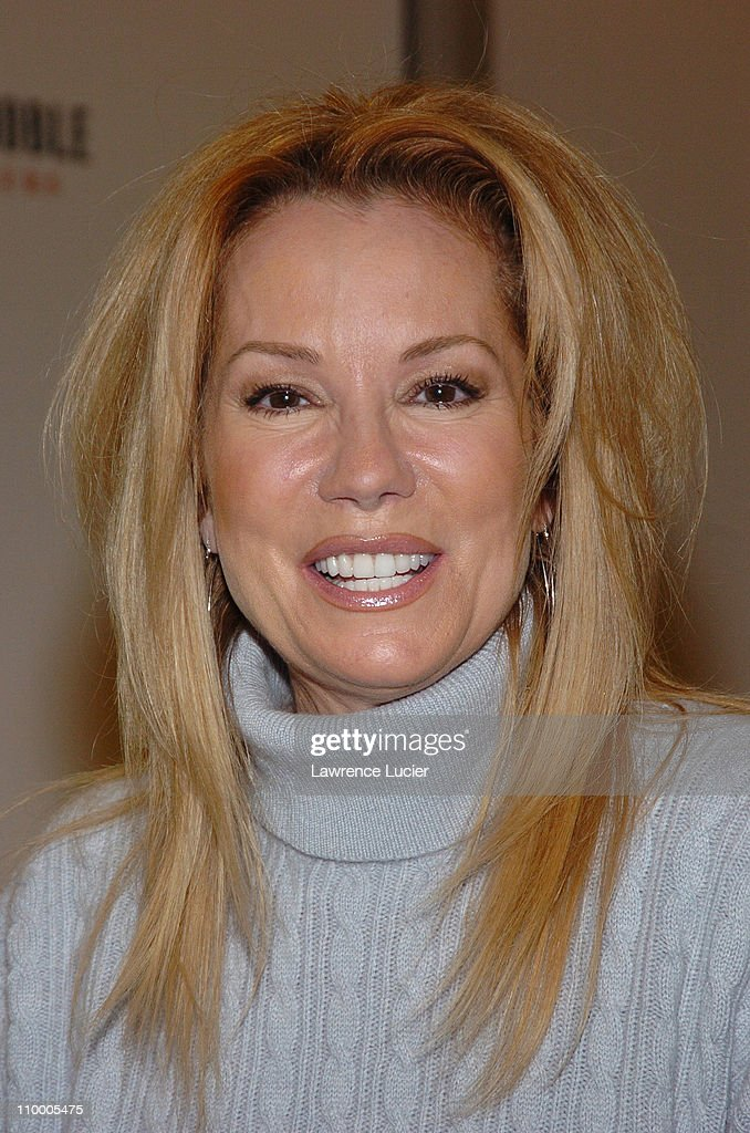 """Kathie Lee Gifford Signs Her Book """"The Family Under the Bridge"""" at Barnes &"""