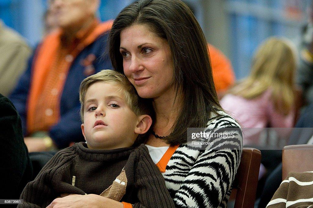Kathleen Swinney, wife of new head coach Dabo Swinney of ...