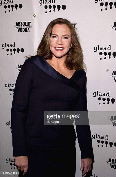 Kathleen Turner during 2001 GLAAD Media Awards at The New York Hilton Hotel in New York City, New York, United States.