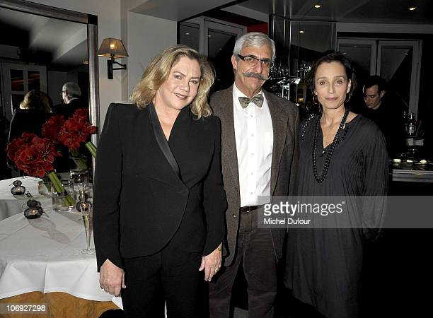 Kathleen Turner Kristin Scott Thomas and guest attend a dinner honouring actress Kathleen Turner at Petrossian on November 7 2010 in Paris France