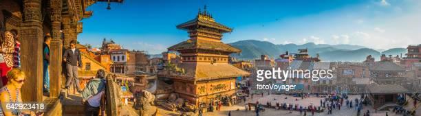 Kathmandu turister lokalbefolkningen antika tempel Bhaktapur Durbar Square panorama Nepal
