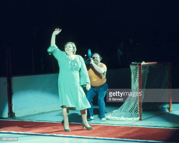 Kathryn Elizabeth Kate Smith comes out to sing God Bless America before a Philadelphia Flyers home game at the Spectrum in Philadelphia Pennsylvania...