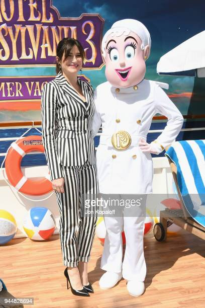 Kathryn Hahn poses at the photo call For Sony Pictures' 'Hotel Transylvania 3 Summer Vacation' at Sony Pictures Studios on April 11 2018 in Culver...