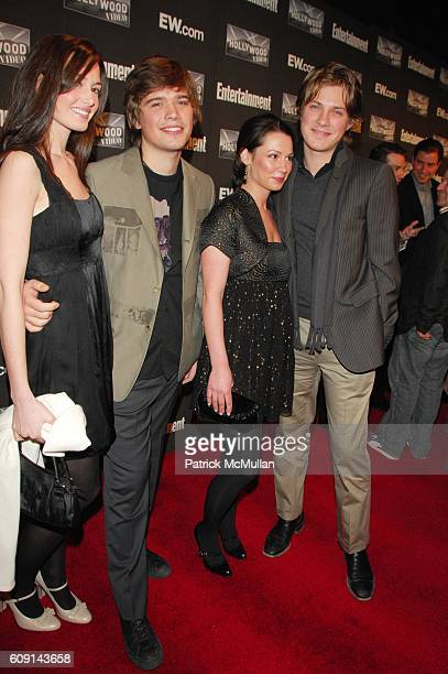Kathryn Hanson Zac Hanson Natalie Hanson and Taylor Hanson attend Entertainment Weekly annual Academy Awards viewing party at Elaine's NYC on...