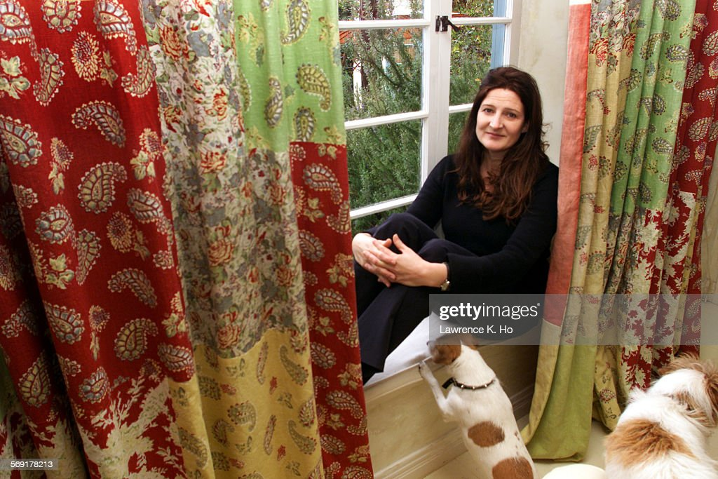 Lh Kathryn Ireland Hollywood Decorator And Fabric Designer Pic