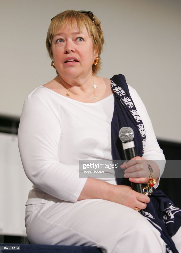 2006 Giffoni International Children's Film Festival - Press Conference and Q&A with Kathy Bates : News Photo